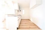 キッチン写真 キッチンの背面も収納等が置きやすく広くスペースが取れております