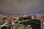 夜は東京の夜景を一望できます。