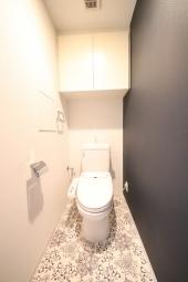 トイレ(CF・クロス張替)