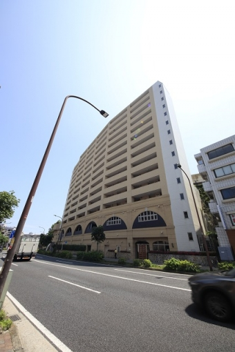 2路線2駅利用可能、ビッグターミナル「横浜」駅徒歩圏内の好立地条件